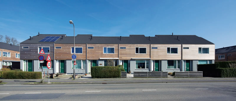 In the Netherlands, the Energiepsrong project is turning old terraced housing into modern net zero energy homes through the installation of new insulated external roof and wall panels that completely transform the properties