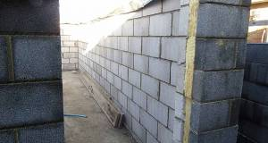 Cavity wall builds can meet RIBA carbon targets, new analysis suggests